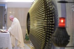 Папата: Следете го Исус не од интерес, туку од вера