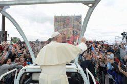 Папата до неокатехумените: За да навестувате потребно е одрекување