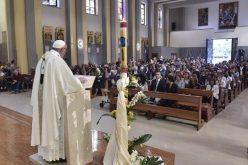 """Светиот Отец ја посети парохијата """"Пресвета Тајна"""""""