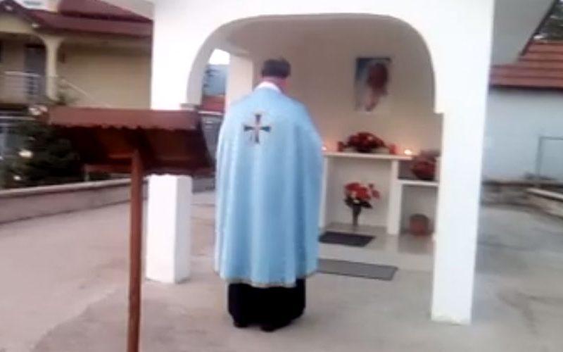 """Радово: Мајска Набожност пред капелата на """"Света Мајка Тереза"""""""
