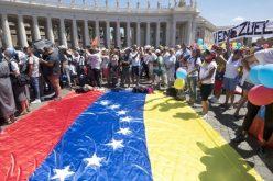 Папата повика на мир на Блискиот Исток и во Венецуела