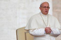 Папата: Да се соединиме во молитвата со браќата католици во Кина