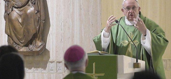 Папата: Да не се враќаме на шемите на светот, кои ни ја одземаат слободата