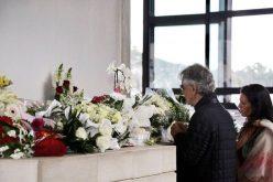 Андреја Бочели на молитва во Фатима