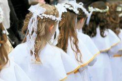 Прва Причест – Како духовно да го подготвите вашето дете за Прва Причест