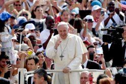 Папата: Да престанеме со озборување