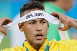 На бразилските фудбалери им е забрането да се молат