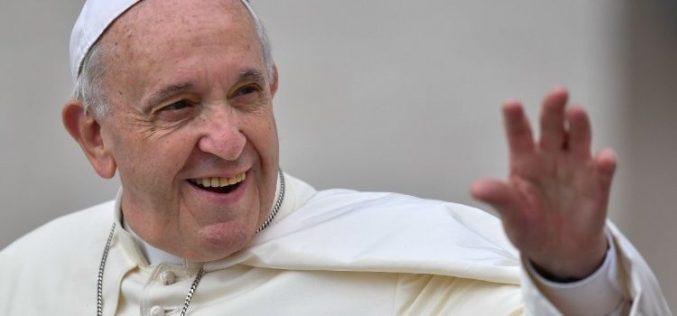 Папата: Младите треба да гладуваат за автентичен живот