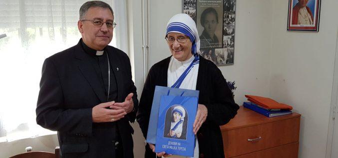 Бискупот Стојанов се сретна со сестра Према