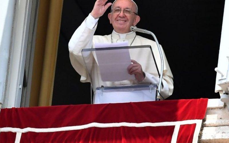 Папата на Ангел Господов: Родителите се Божји соработници
