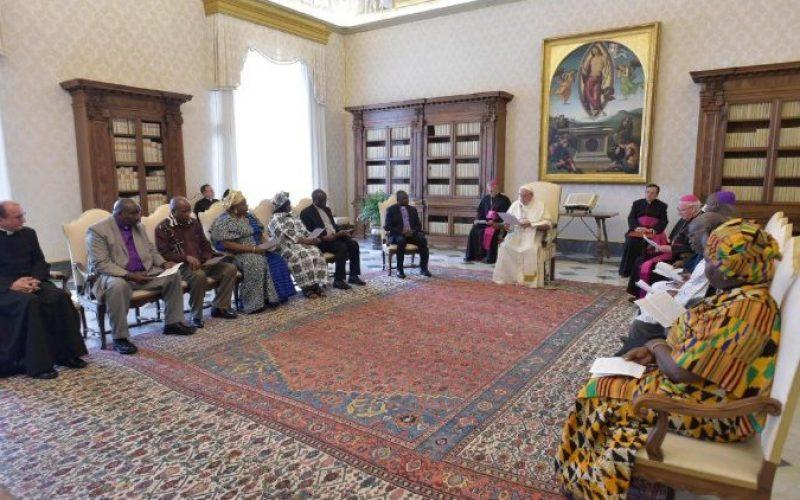Папата: Потребно е екуменска определба за мир во Африка