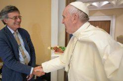Папата Фрањо именува нов раководител на Дикастеријата за комуникација