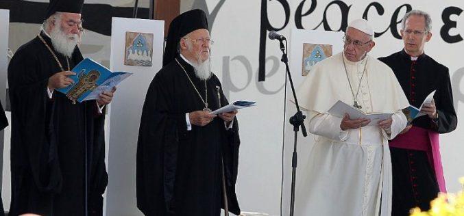 Папата од Бари: Нека биде мир на Блискиот Исток