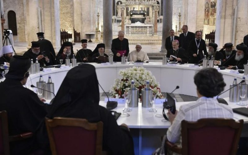 Папата Фрањо: Средбата во Бари беше уверлив знак за единство на христијаните