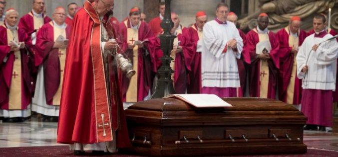Света Миса задушница за кардинал Туран