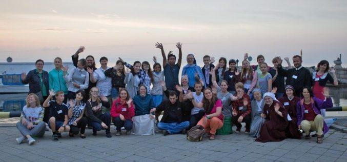 Нунцијот Миглиоре на Националната средба на млади на руските католици
