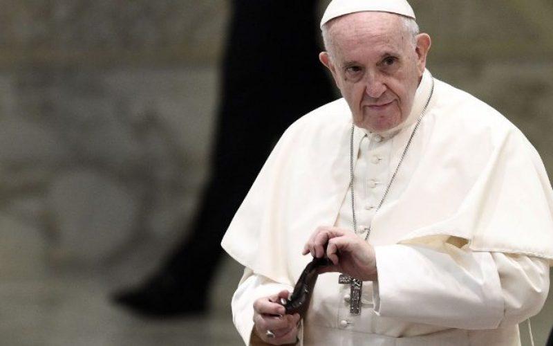Папата Фрањо. Во тишина да учиме да го посматраме Божјото дело