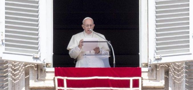 Папата: Делата не смеат да бидат загадени со световниот менталитет