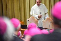 Папата ги прими епископите кои учествуваат на духовни вежби