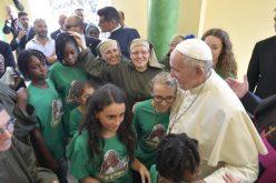 Папата: Со нова евангелизација да се решаваат проблемите на Сицилија
