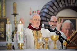 Бискупот Хосер: Меѓугорје се духовните бели дробови на Европа