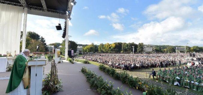 Папата: Треба да се оди таму каде никој не сака да оди