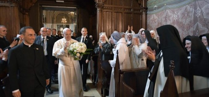 Папата до богопосветените во Каунас: Вие сте деца на маченици