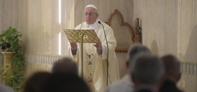 Папата: Ангелот чувар е нашата врска со небесниот Отец