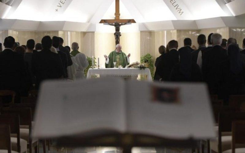 Папата: Вистинскиот христијанин е заљубен во Господ