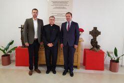 Бискупот Стојанов ги прими министерот Спасовски и директорот на КОВЗ Сотировски