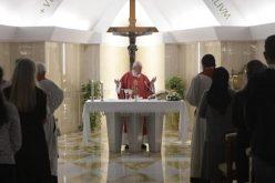 Папата: Постојат три облици на сиромаштво
