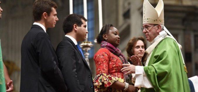 Папата: Да ја живееме радоста Господова