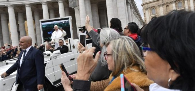 Папата: Човечкото тело не е место за задоволство