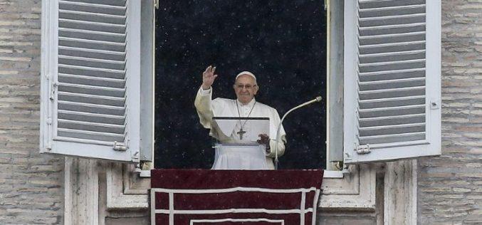 Папата: Без љубов кон ближниот не можеме да го љубиме Бог