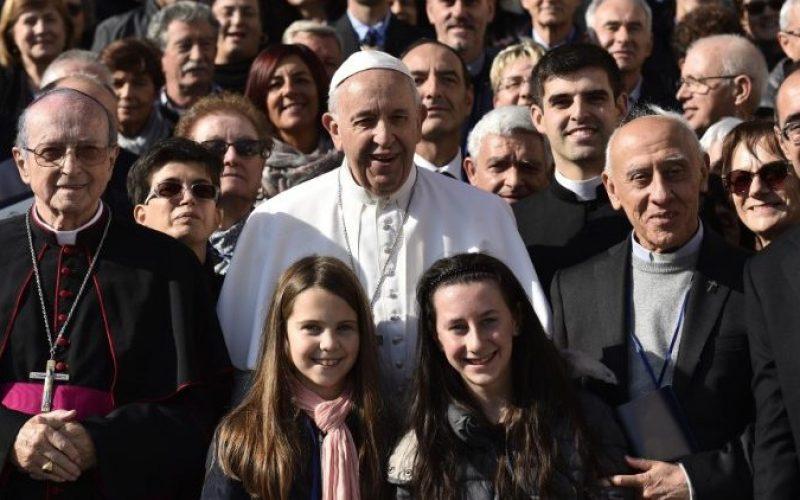 Папата: Озборувањето убива