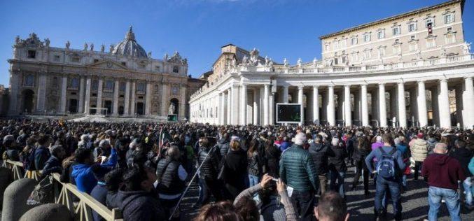 Папата: На конечната средба со Исус ќе го донесеме само она што сме го дарувале