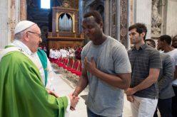 Папата Фрањо го промени датум за одржување на Светскиот ден на мигранти и бегалци
