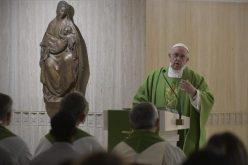 Папата: Дали живееме како христијани?