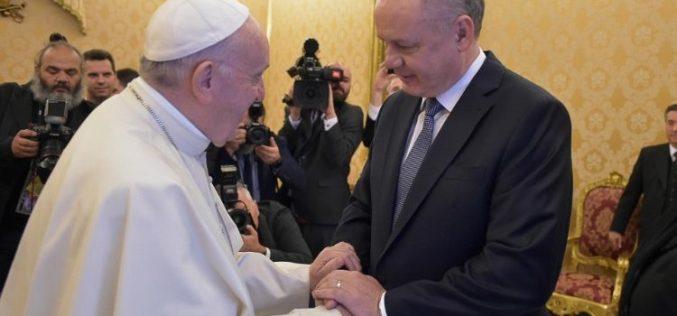 Папата го прими во аудиенција претседателот на Словачка