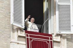 Папата: Ако Бог е во нашето срце, радоста е потполна