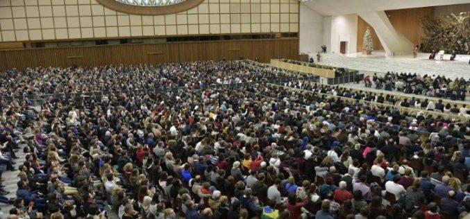 Папата: Бог секогаш одговара на нашите молитви