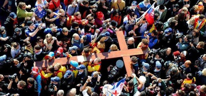 Поклоничкиот крст и иконата на Пресвета Богородица – симболи на Светскиот ден на млади