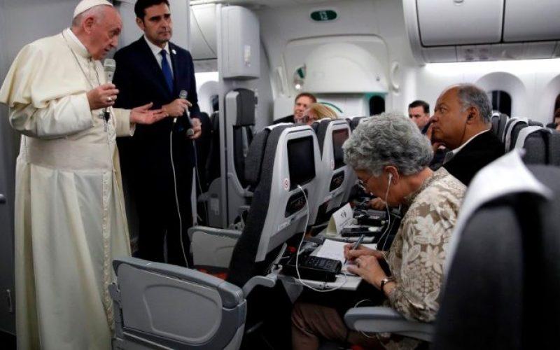 Папата: Во исповедалницата ја сфатив драмата на абортусот