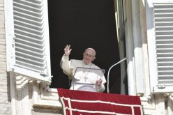 Папата Фрањо: Исусовите ученици се луѓе кои ја следат логиката на верата
