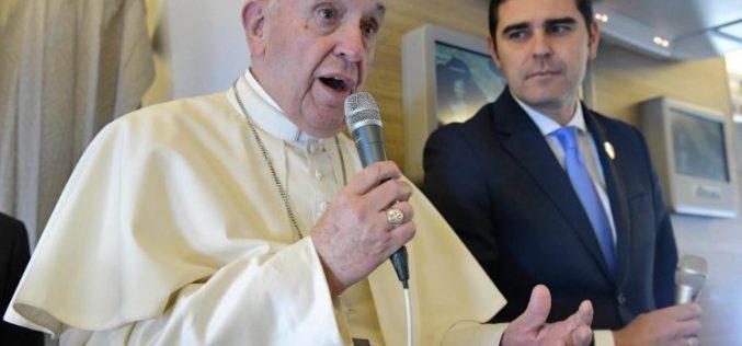 Папата: Во Обединетите Арапски Емирати доживеав отворена и гостољубива култура