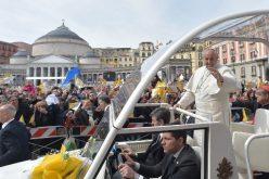 Папата Фрањо на 21 јуни ќе го посети Наполи