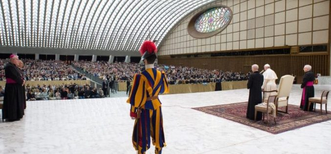 Папата: Светите Кирил и Методиј се пример за ученици  и мисионери