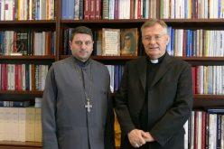 Средба на надбискупот Баришиќ и протоереј Кирко Велински