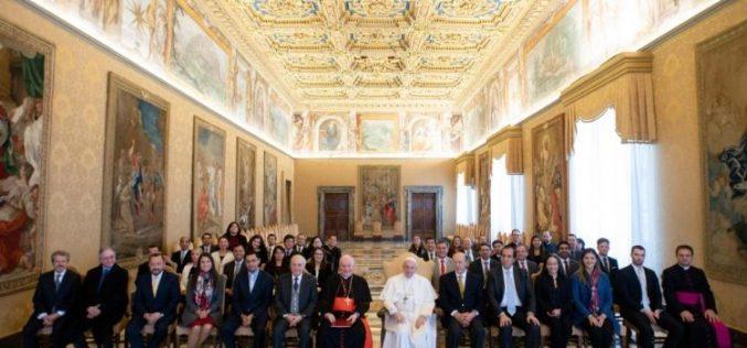 Во Латинска Америка е потребно ново присуство на католиците во политиката