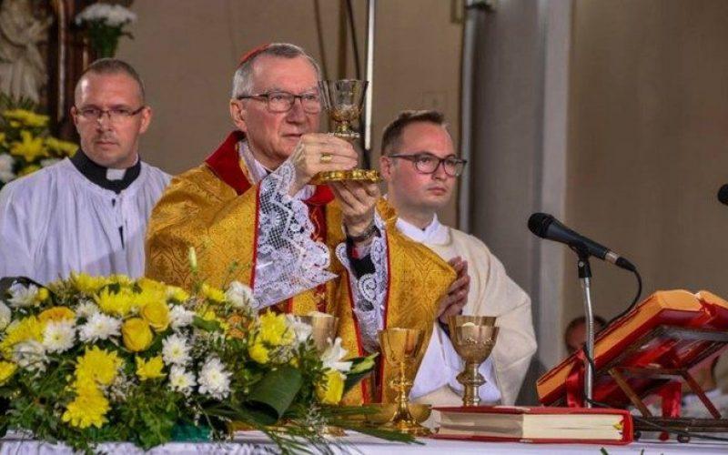 Кардинал Паролин ја истакна врската помеѓу Полска и Светиот Престол